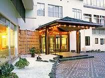 *【玄関】土湯温泉 向瀧旅館へいらっしゃいませ!