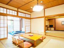 *【特別室(一例)】渓流間近の風が心地よい客室で、のんびりお寛ぎください。