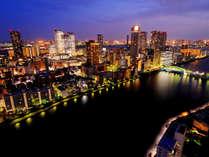 【南~西側】臨海副都心方面の夜景(客室からの景色:隅田川&勝どき橋)