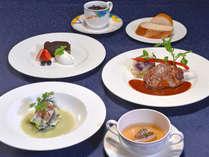≪プラシャンティ ディナーコース「トレゾワ」≫国産牛のステーキ(100g)をお楽しみください。