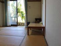 8畳の和室でゆったりとくつろいで下さい。