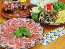 【ご夕食一例】地元産のポークや野菜を贅沢に使用した、当麻で人気№1の豚しゃぶしゃぶ!