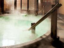 【御汲み上の湯】 奈良屋自慢の温泉。夜中に男女入れ替えもあり趣の違う温泉を楽しめます。