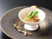 【ご夕食】春のお献立 煮物 鶏とタケノコの煮物 汲み上げ湯葉 タラの芽