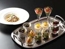 【ご夕食】春のお献立 水菓子 ハスカップのアイスクリーム きたの風茶寮デザートアミューズ