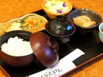 朝食 ※一例です。健康和朝食の一例 ホテル内レストラン「創作・京ごはん いただきマス。」