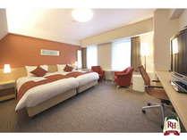 ハリウッドツインルーム一例◆25.3平米~30.6平米【2台のベッドを隙間なく並べたツインです】