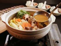 3名様以上から大鍋でのご提供♪やっぱり鍋は大きな土鍋で作るのが一番美味しい!