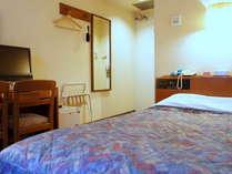 ☆コンパクトダブルルーム☆ 部屋面積:11.9平米 ベッドサイズ(幅×長さ):140cm×195cm