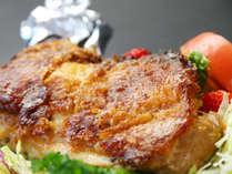 肉の旨味が詰まったジューシーな阿波尾鶏!