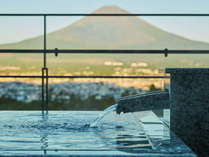 露天風呂から眺める富士山