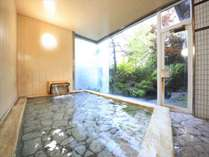 【女性大浴場】もちろん女湯にもひば風呂あり。よい香りをお楽しみください