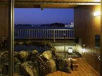 【露天風呂付き客室・和室】一例。4階にあり、お部屋が8畳の広さです