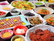 ■朝食ハーフビュッフェ■日本のスタンダードなおかずから、福井の郷土料理まで、幅広くご用意!