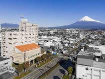 富士山とホテル