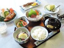 *【夕食一例】青島港で揚がった魚を使った宮崎の家庭料理