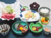 地元の旬の食材を使った会席料理です♪