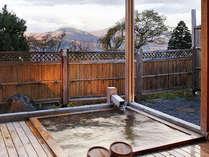【朝食付】夕食なしプラン 24時間入浴可能の温泉でお寛ぎ~特典付~