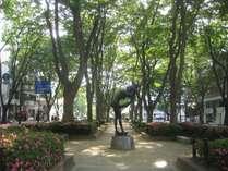 ホテルの目の前は、緑豊かな定禅寺通り♪