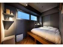 一人旅やビジネスマンにも人気!シンプルな空間が心地よいお部屋(04,05)