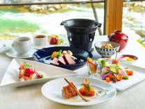 A5ランクの厳選された道産和牛の陶板焼きが魅力のお洒落な和食会席。全9品