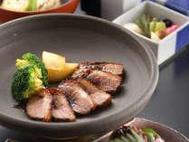 新鮮で旬のものを一番美味しい形でお召し上がり下さい。(一例,岐阜県,夜がらす山荘 長多喜