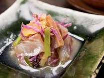 *【料理一例・向付】茶道も盛んであった中津川ならではの、季節に合わせたお料理をご用意致します。,岐阜県,夜がらす山荘 長多喜