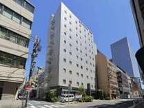 浜松町駅から徒歩約4分、地下鉄大門駅から徒歩約2分!1階にコンビニ有り