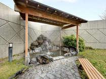 *温泉大浴場:露天風呂