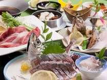 【御造り】季節の魚盛り合せ【温物】佐賀牛すき焼き【揚物】アラカブ唐揚げ