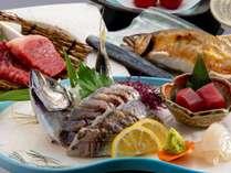 【御造り】季節の魚姿造り【温物】佐賀牛陶板焼き【焼物】天然鮎汐焼き