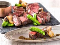 びわプリ秋味ディナーブッフェの国産牛ステーキと大黒本しめじのトリュフソース(おひとりさま1皿限り)