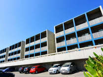 *外観/沖縄本島からダイレクトに渡れる瀬底島にあるサービスアパートメント