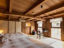 【欅103】かつて財宝を保管していた蔵をリノベートした木のぬくもり溢れる客室