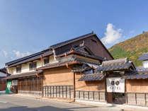 ENは創業400年の老舗酒造場をリノベートし、2013年11月にオープンしました。