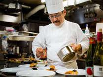 世界的レストランガイド「ザガットサーベイ」神戸エリア料理部門で4年連続1位を獲得した石井之悠