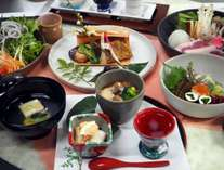 【メイド・イン・ジャパン・プロジェクト】笠間焼の器で食す茨城の創作和食プラン【1日1組限定】