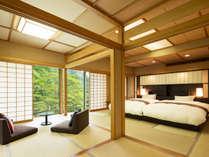 【山側客室】日光国立公園内に位置するお部屋からは、四季折々の日光の光景が。