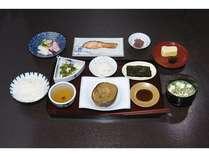 ご朝食:女将手作りの、京都のおばんざいのご朝食です。