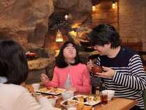 【朝食】約40種類のメニュー☆話題の「パワーサラダ」、オリジナルパフェ作りができるデザートなどご用意!