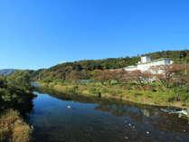 *【外観】白石川から望む景色。どこか懐かしい山里の風景がここに。