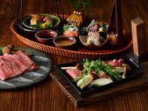 【特別会席(夏・秋)】鍬の上で豪快にお肉と野菜を焼きあげる、界 アルプスの「鍬焼き会席」