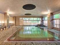【男性大浴場】アルカリ性の透明なお湯で日頃の疲れを癒して下さい♪