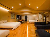 ダブルベッド2台、シングルベッド2台タイプのお部屋