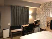 シングルルーム(4F~6F)■16平米■140cmダブルベッド■2名1室利用の場合は、ワンベッド2名利用