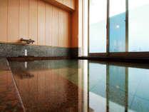 烏帽子岩を望む展望風呂でゆったり♪貸切でもご利用できます!※お問い合わせください