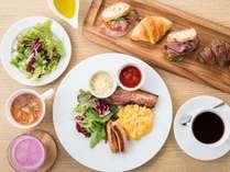 □朝食□お好みのメニューをお好きなだけお楽しみいただけるビュッフェ形式です。
