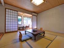 *和室8畳(客室一例)/グループやご家族でのご宿泊におススメ!ごゆっくりお過ごし下さい。