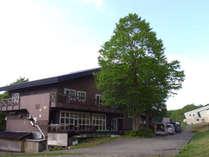 ・<外観>八甲田山に一番近い山岳ガイド常駐の宿