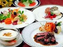 夕食はシェフとお客さまとで一緒に考えて作るオーダーメニューです。※写真はイメージです